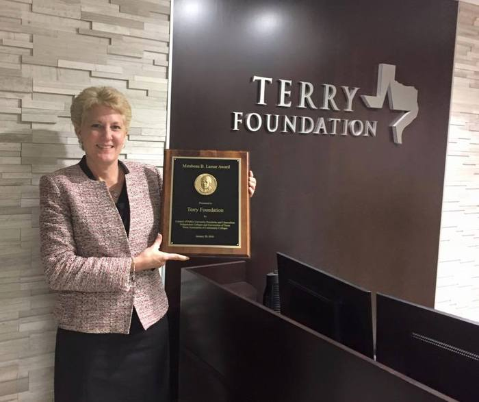 Terry Foundation Lamar Award